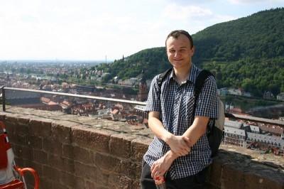 Ich auf dem Heidelberger Schloß, fotografiert von einem netten Japaner