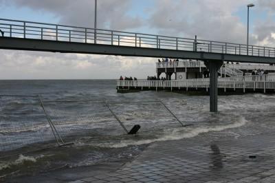 Bißchen Land unter in Cuxhaven