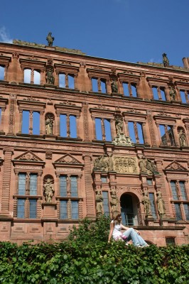 Heidelberger Schloß bei Tag, bei Nacht hab ich leider noch kein Bild :-)