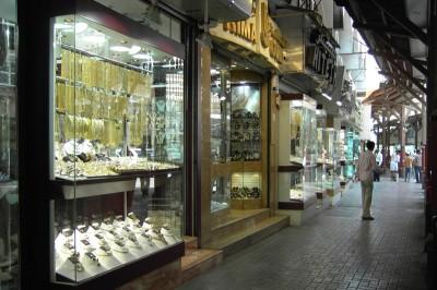 Gold Souk mit unerzähligen kleinen Läden