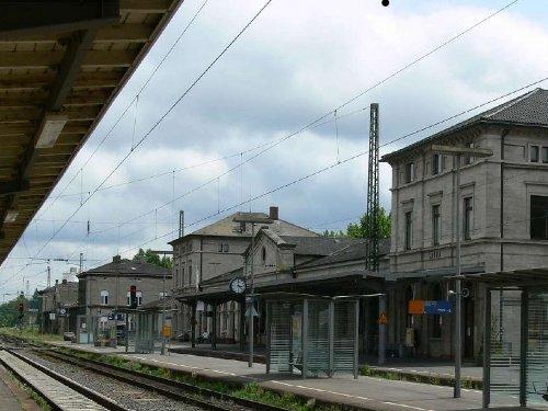 "Der ""Hauptbahnhof"" in Lauda."