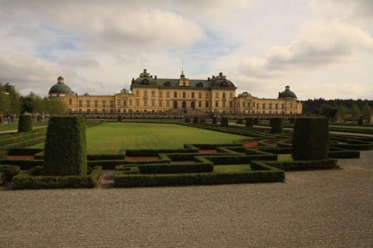Drottningholm Schloss vom Park aus gesehen.