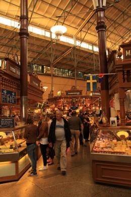 Spezialitäten aus dem ganzen Land in der Markthalle