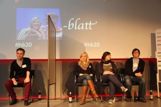 Ganz rechts sitzt Brigitte. Im echten Leben unter @echt bekannt. (Fotocredit @thomasbewegt)