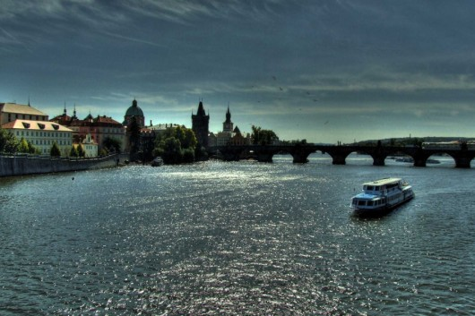 Die Goldene Stadt an der Moldau (Foto: flickr.com User: gravitat-OFF)