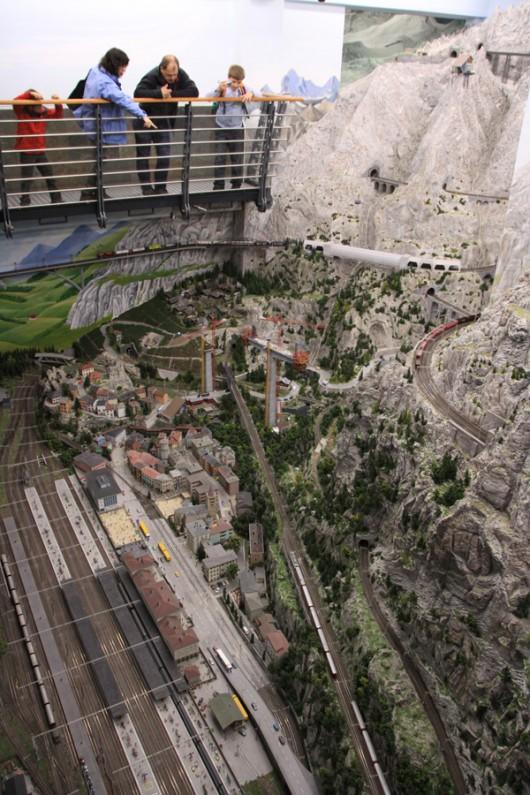 Von oben hat man einen wunderbaren Überblick über die Schweiz.