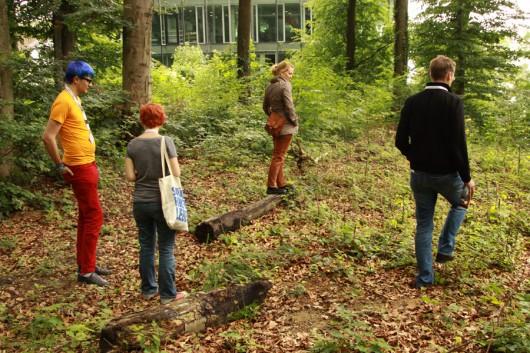 Auf Cache-Suche im Wald.