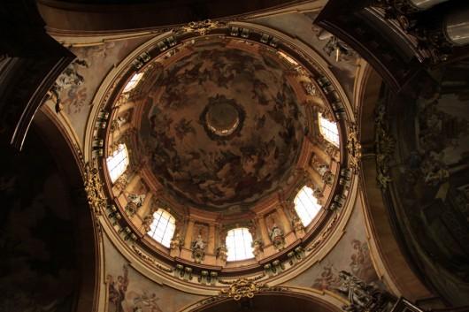 Die Kuppel in der St. Nikolaus-Kirche.