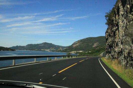 Freie Fahrt durch Norwegen. (Tempolimit 80 km/h)