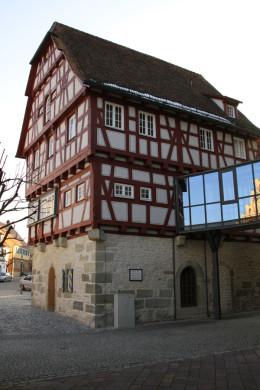 Frühere Kaserne des Oberamtes Hall.