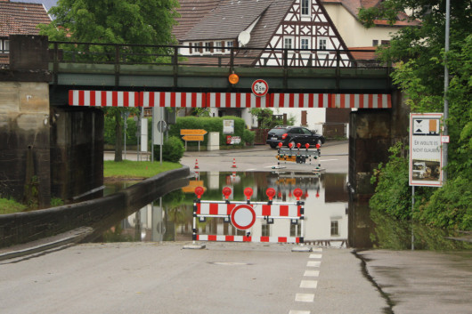 Die Bahnunterführung der B290 in Jagstzell steht oft unter Wasser.