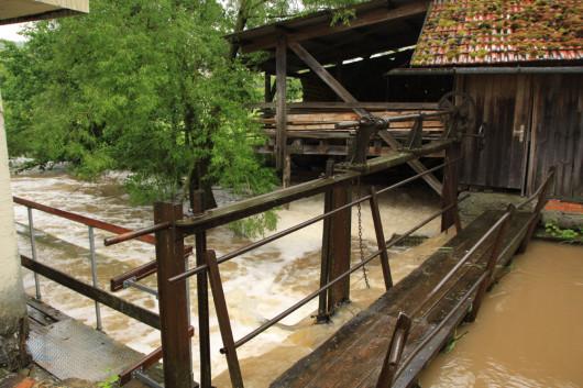 An Wehr der Bühlertanner Dorfmühle.