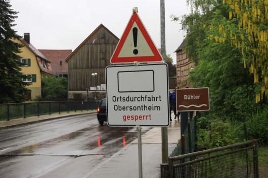 Die Ortsdurchfahrt in Obersontheim war gegen Mittag schon wieder passierbar.