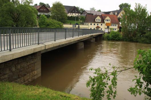 Die Jagstbrücke in Jagstzell.