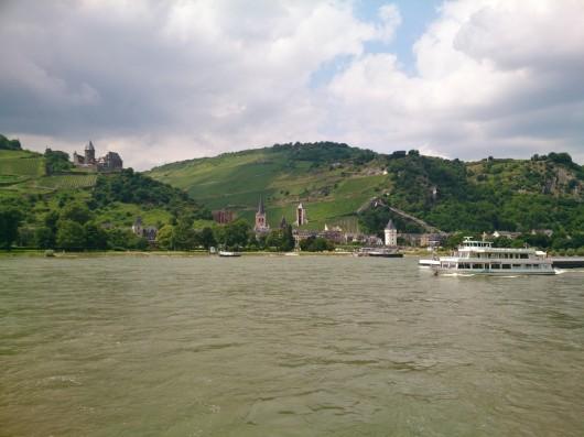 Im Mittelrheintal bei Lorchhausen.