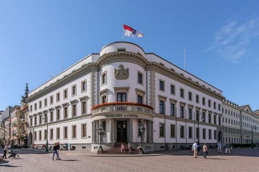 Das Nassauische Stadtschloss und heutige Landtag. (Foto: Martin Kraft / Wikipedia)