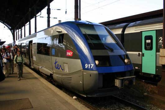 Eine Bahn der SNCF im Straßburger Zentralbahnhof.