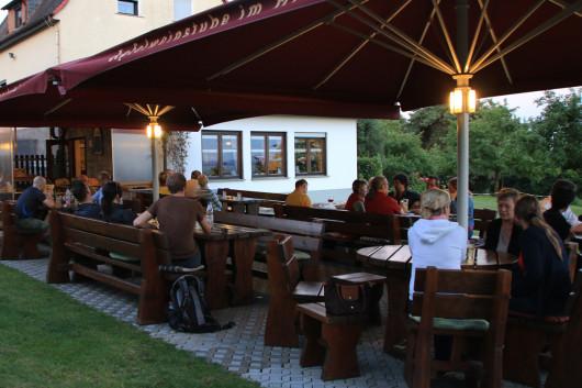 Die wunderbar idyllisch gelegende Terrasse im Himmelreich.