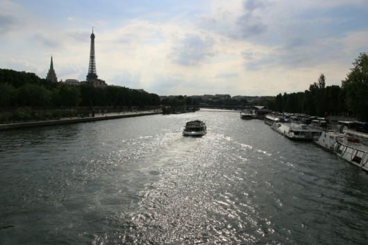 An der Seine bei bestem Sightseeing-Wetter!