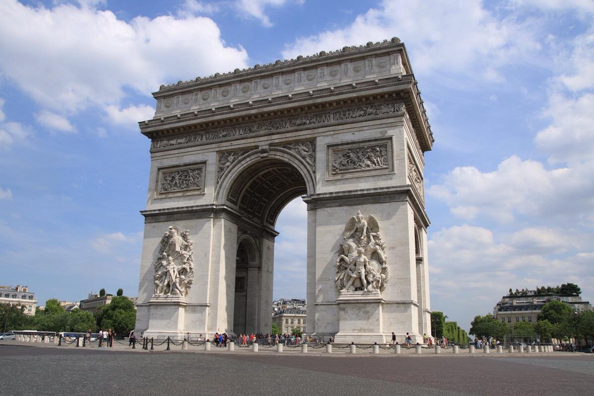 Für einen ganz kurzen Moment war der Arc du Triomphe autofrei!