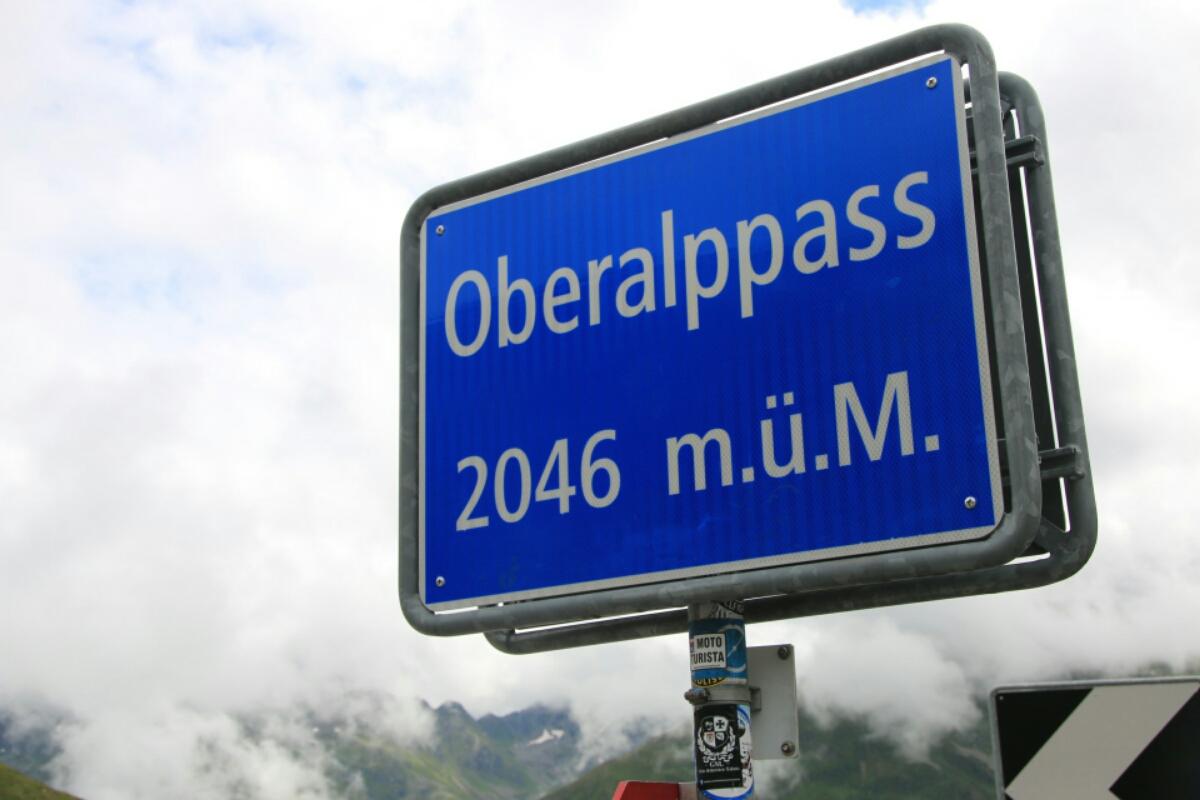 Nach 2,5 Stunden Fahrt bergauf mit der Matterhorn-Gotthardt-Bahn war der Scheitel erreicht.