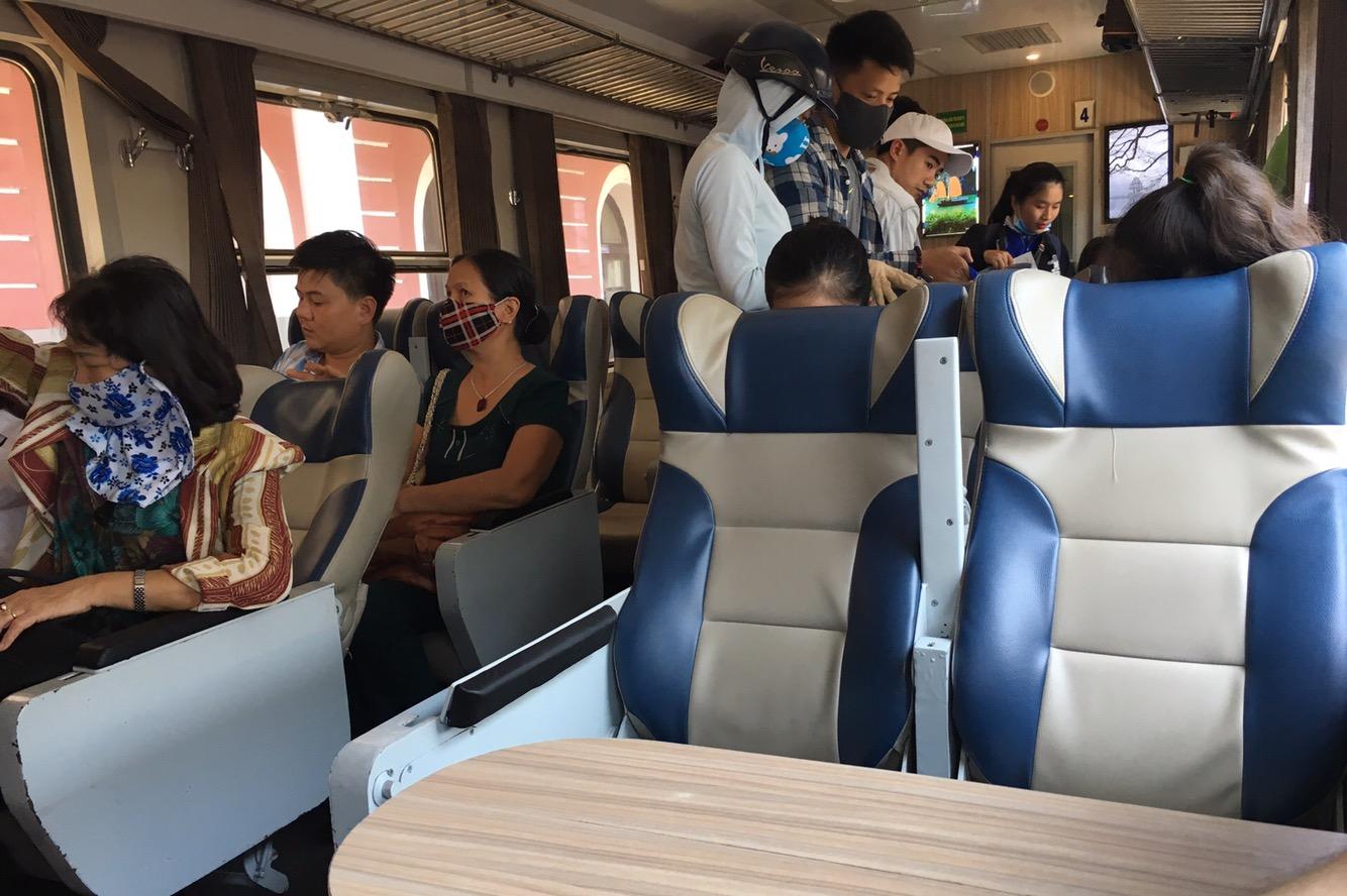 Unterwegs im Zug - mitten in Vietnam irgendwo..