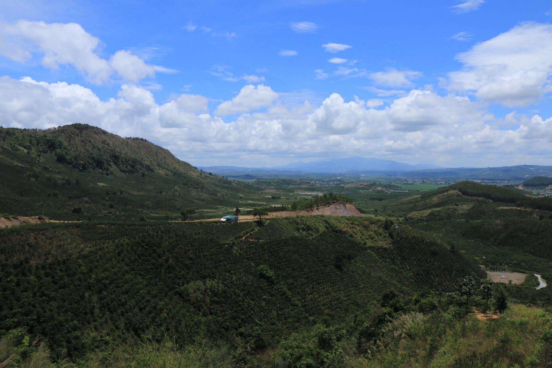 Der weite Blick über das Hochland von Dalat.