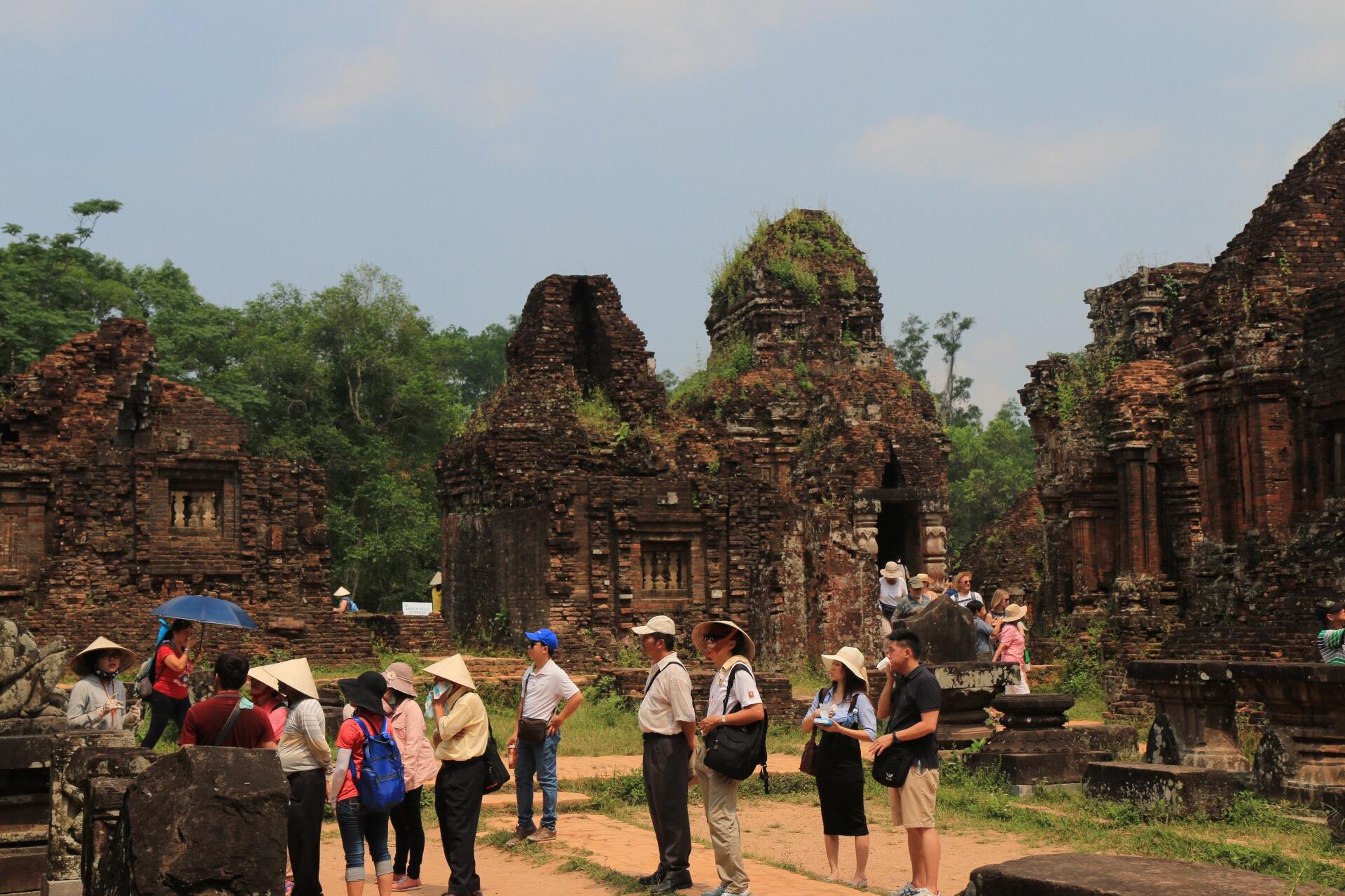 Nach dem Untergang der Cham-Kultur geriet die Anlage in Vergessenheit. Erst im 18. Jahrhundert wurde sie von französischen Forschern wiederentdeckt.