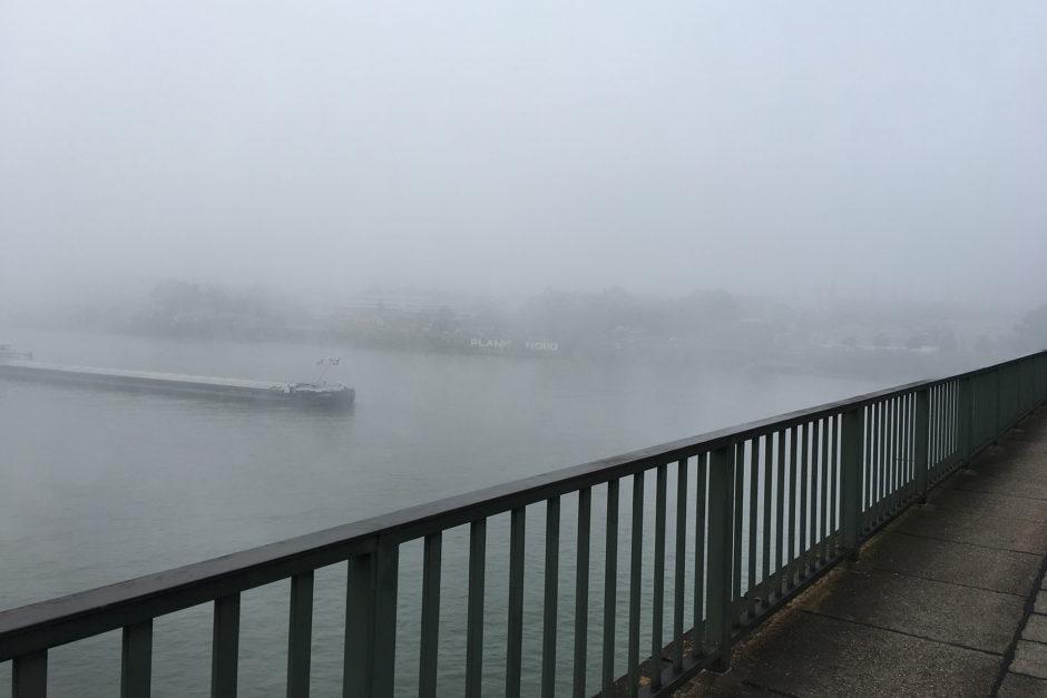 Bei schönem Wetter kann ja jeder fahren. Hier der Rhein bei herrlichem Frühnebel!