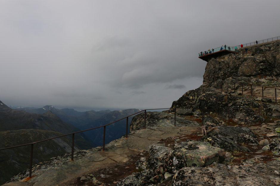 Der Geiranger-Skywalk. Dieses Vogelnest auf dem Gipfel des Dalsnibba war mein Ziel.