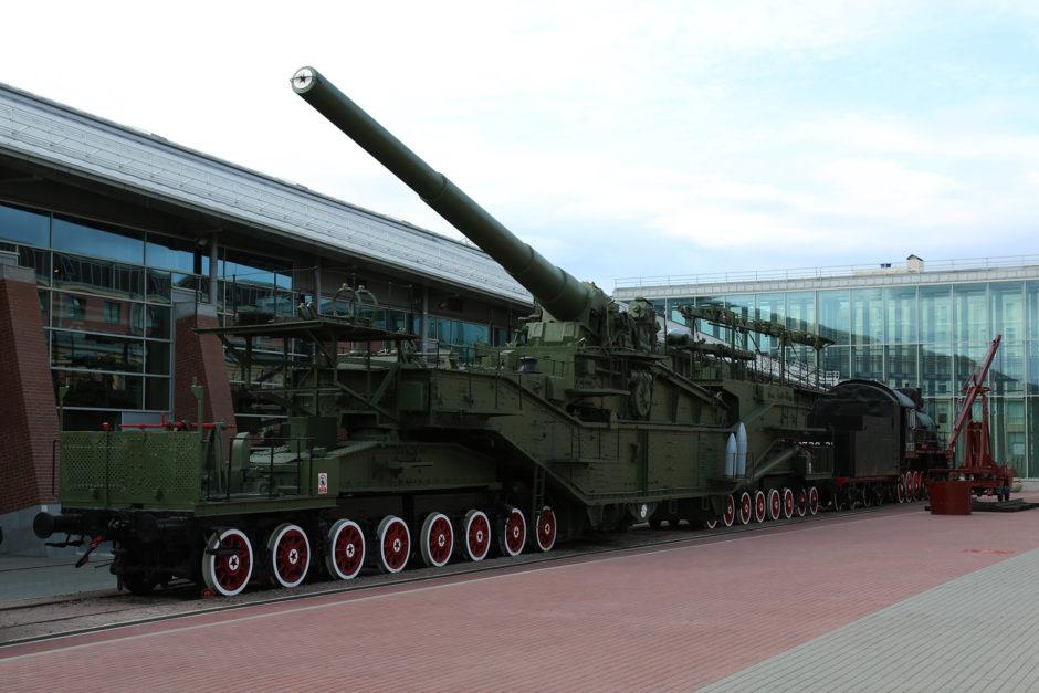 Eisenbahnartilleriesystem TM-3-12. Bis zu 30 Kilometer Feuerkraft und im Zweiten Weltkrieg eingesetzt.