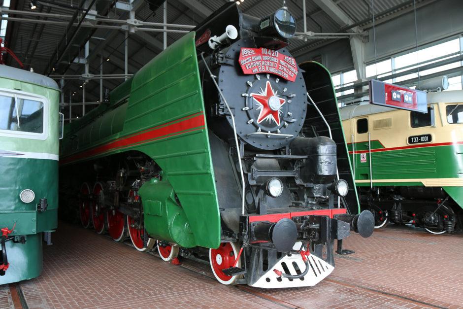 Eisenbahnstolz wohin man schaut! (SŽD-Baureihe P36, Baujahr 1956)