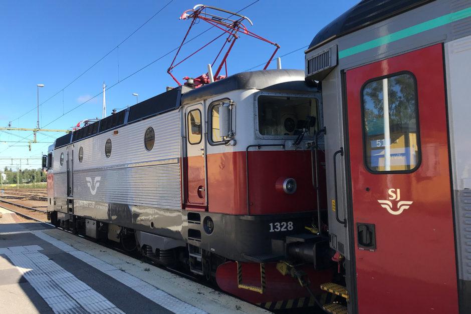 Eine schwedische Lok der Baureihe Rc zog meinen kurzen Zug.