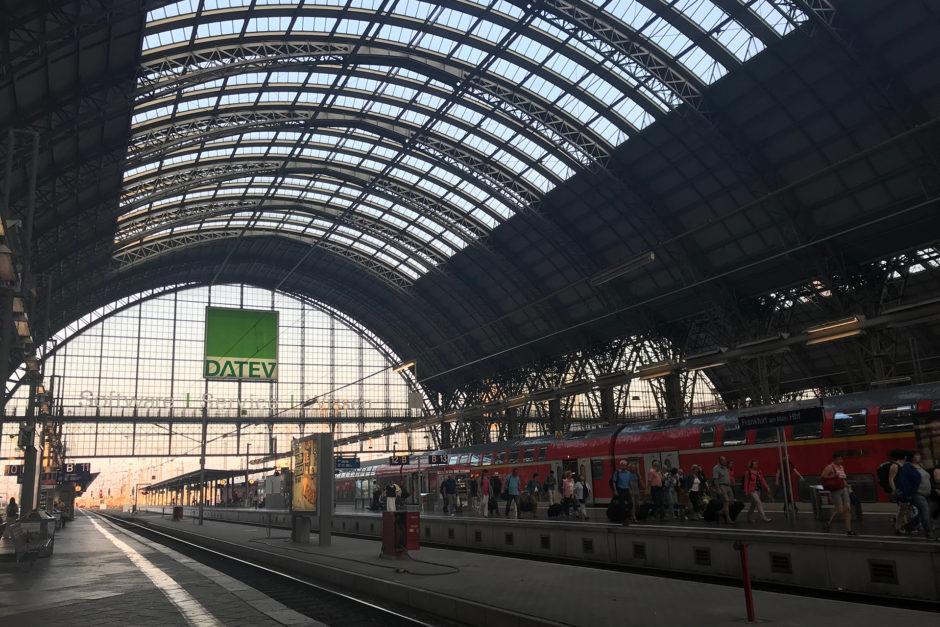 Frankfurt Hauptbahnhof - bei Reisen ab Wiesbaden eigentlich meistens der erste Umstiegsbahnhof.