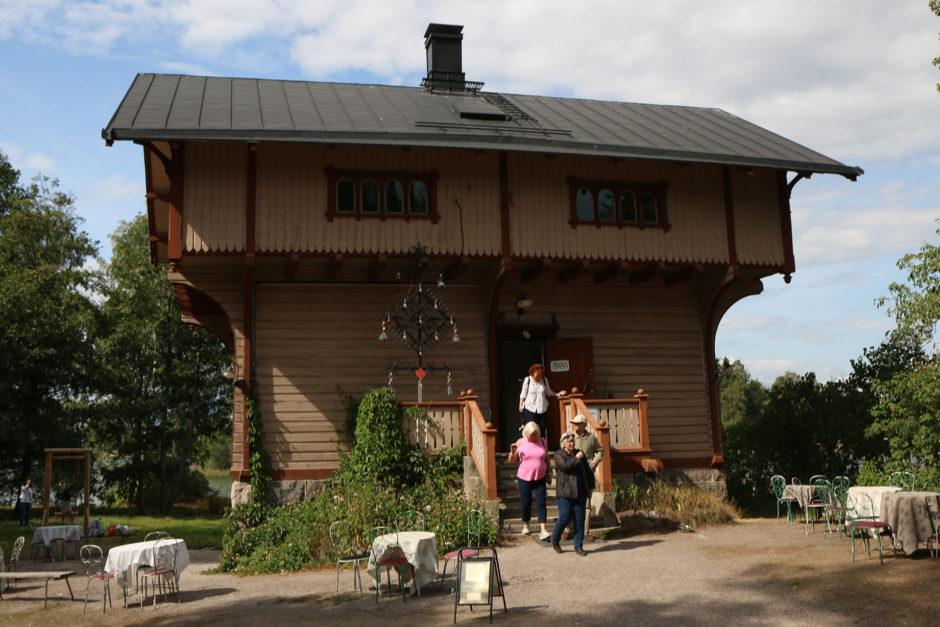 """Dieses """"Hochhaus"""" wartet gleich am Eingang auf die Besucher,"""