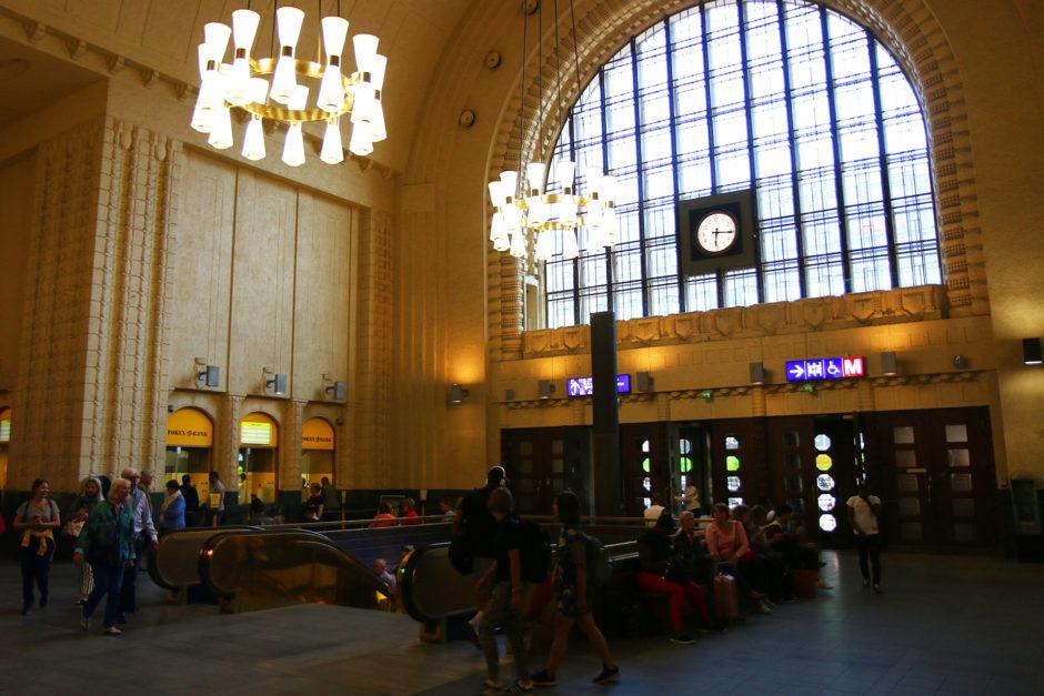 Die Eingangshalle des Bahnhofs in Helsinki kann sich ebenfalls sehen lassen!