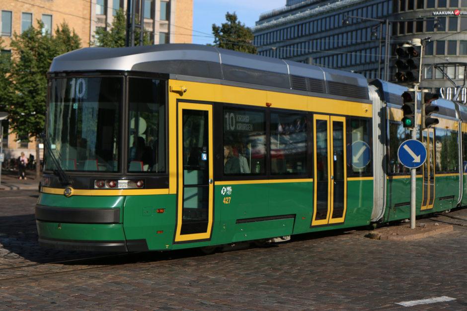 Mit der Straßenbahn kommt man in Helsinki schnell und komfortabel voran. Teilweise roch es in den Bahnen noch nach Neuwagen!