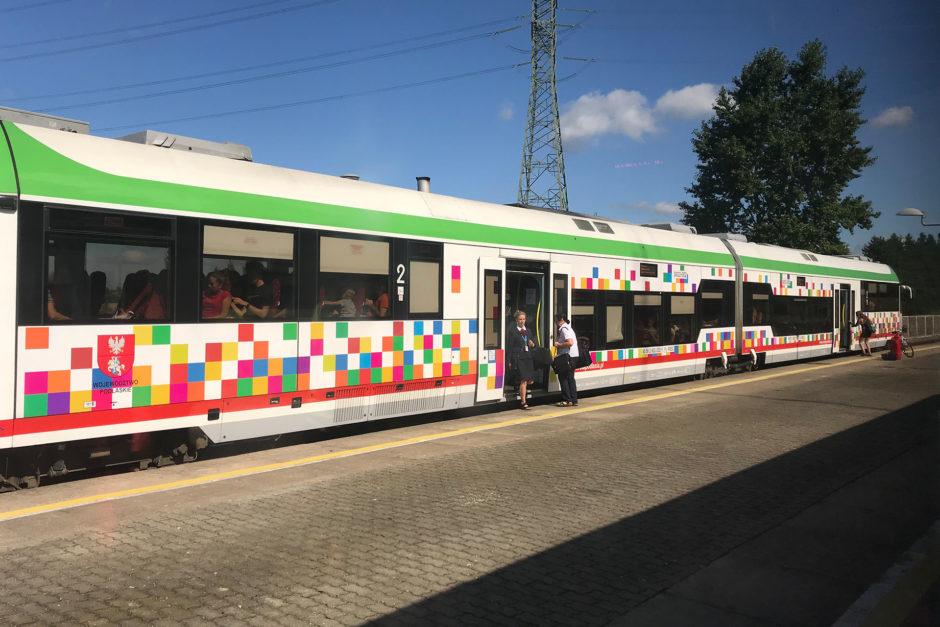 Unsere polnische Regionalbahn. Gut klimatisiert und eigentlich auch recht flott unterwegs.