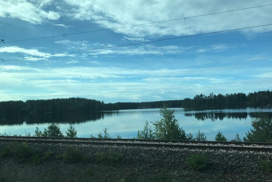 An der russisch-finnischen Grenzen fuhren wir an einigen größere Seen vorbei.