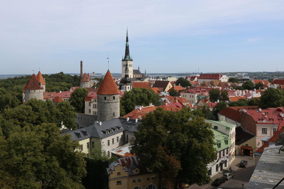 Egal wo man ein Foto macht, man hat in Tallinn immer mindestens drei Türme mit drauf.