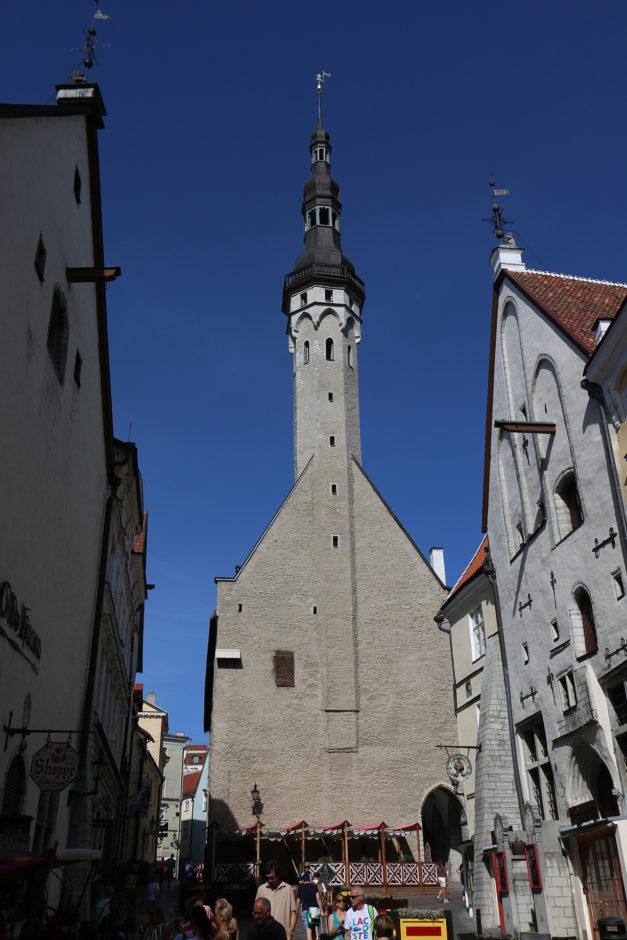 Im Zentrum der Altstadt das Rathaus und der hier nicht zu sehende Marktplatz.