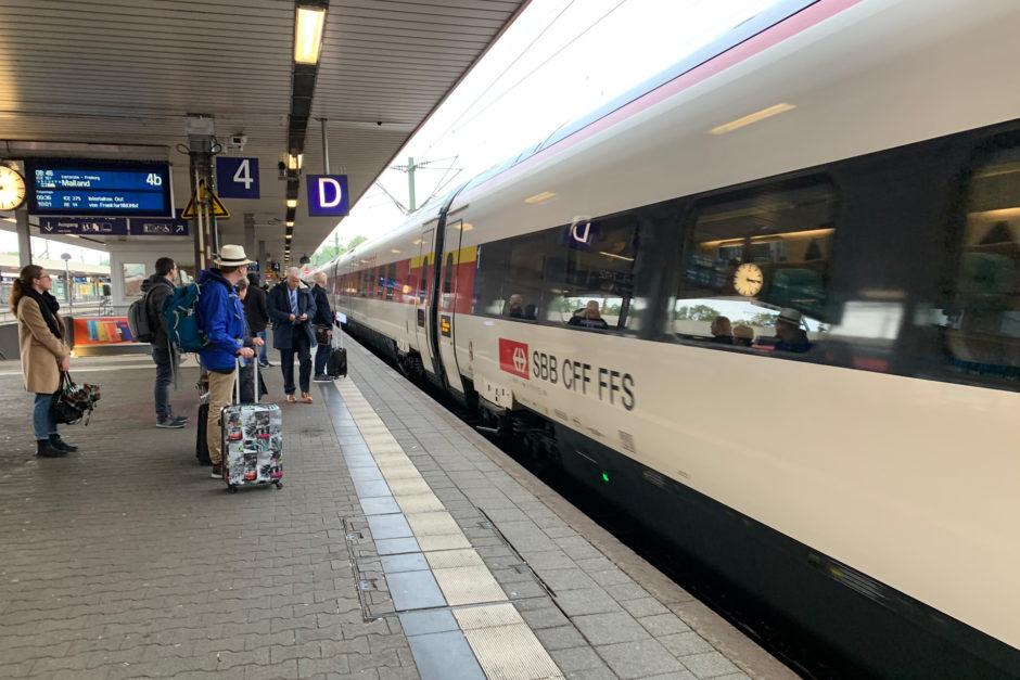 In Mannheim hieß es umstiegen vom ICE in den ECE der Schweizer Bahn.