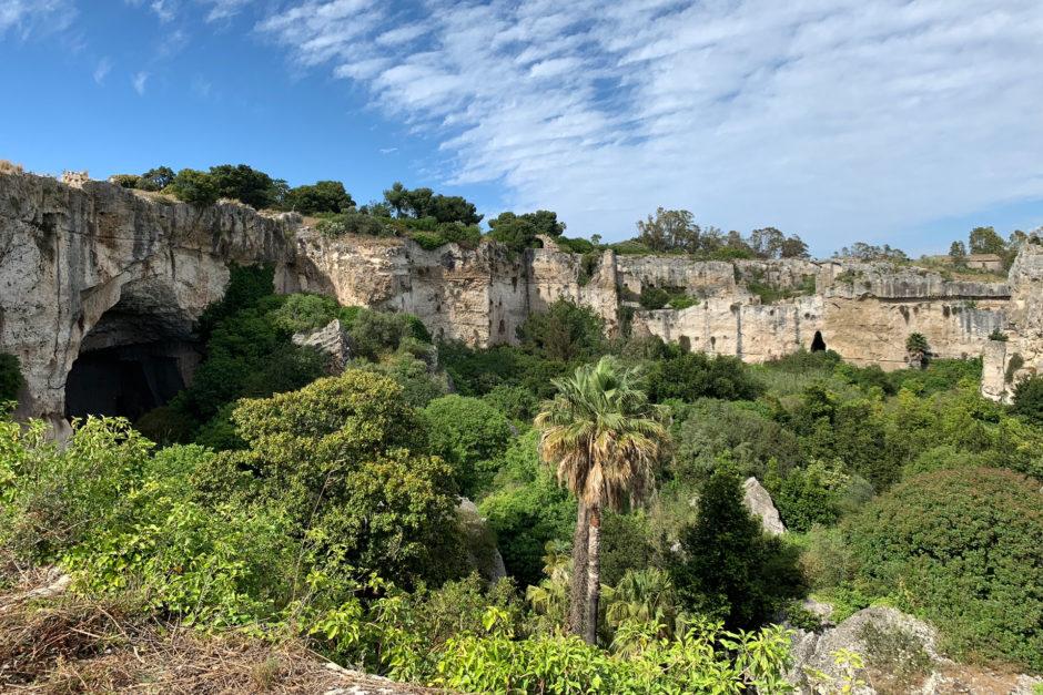 Ein Blick über die Latomia del Paradiso.