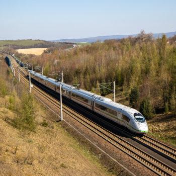 An der ICE-Strecke zwischen Frankfurt und Köln