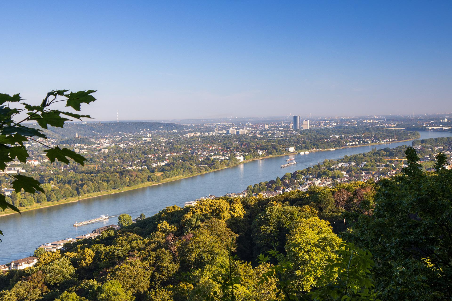 Ausblick auf Bonn. Das Ziel ab jetzt immer vor Augen.