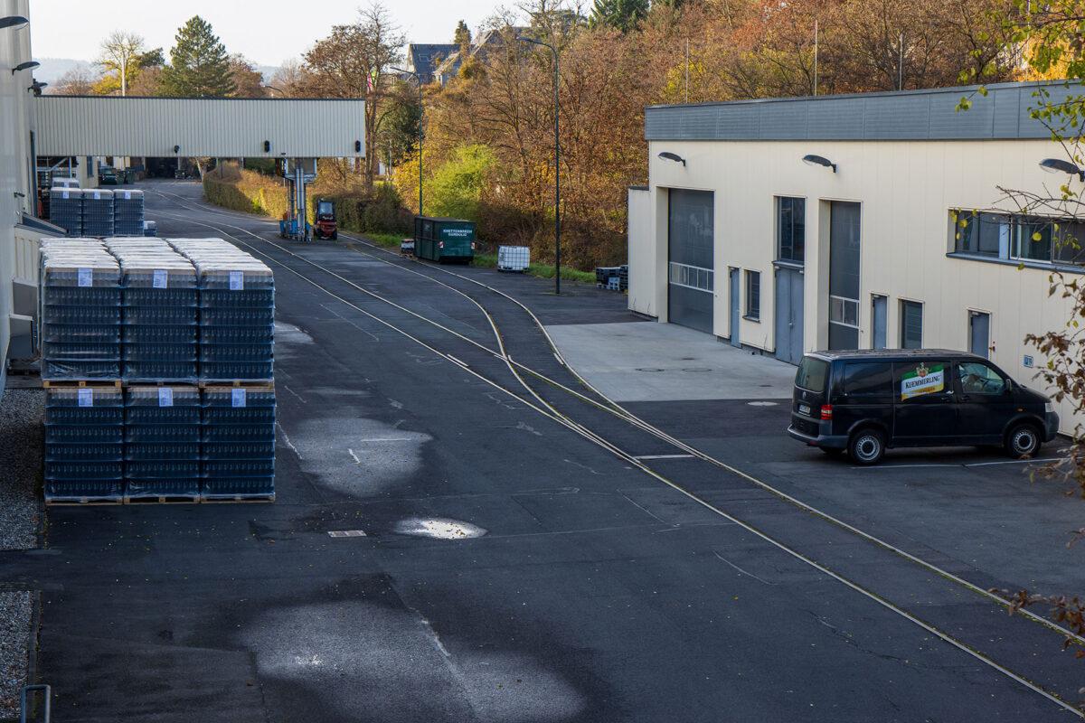Ein Blick auf das Werksgelände bei Henkell.