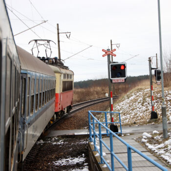 Im Regionalexpress durch tschechisches Hinterland.