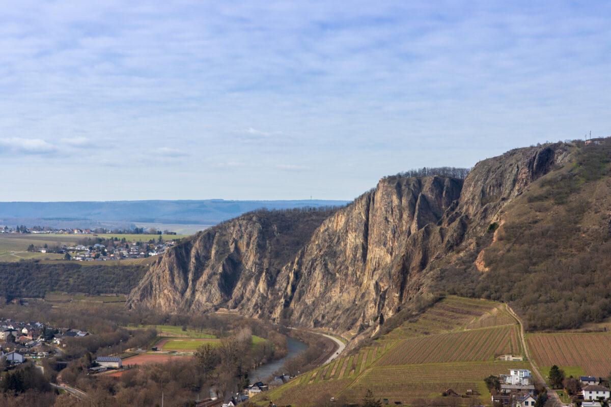 Von der Burgruine hatte man zum ersten Mal Ausblick auf den Rotenfels.