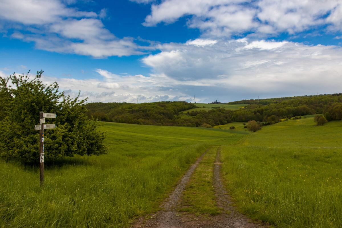 Die nahezu unverbaute Weite gefiel mir am besten auf den Ebenen links und rechts des Tals.