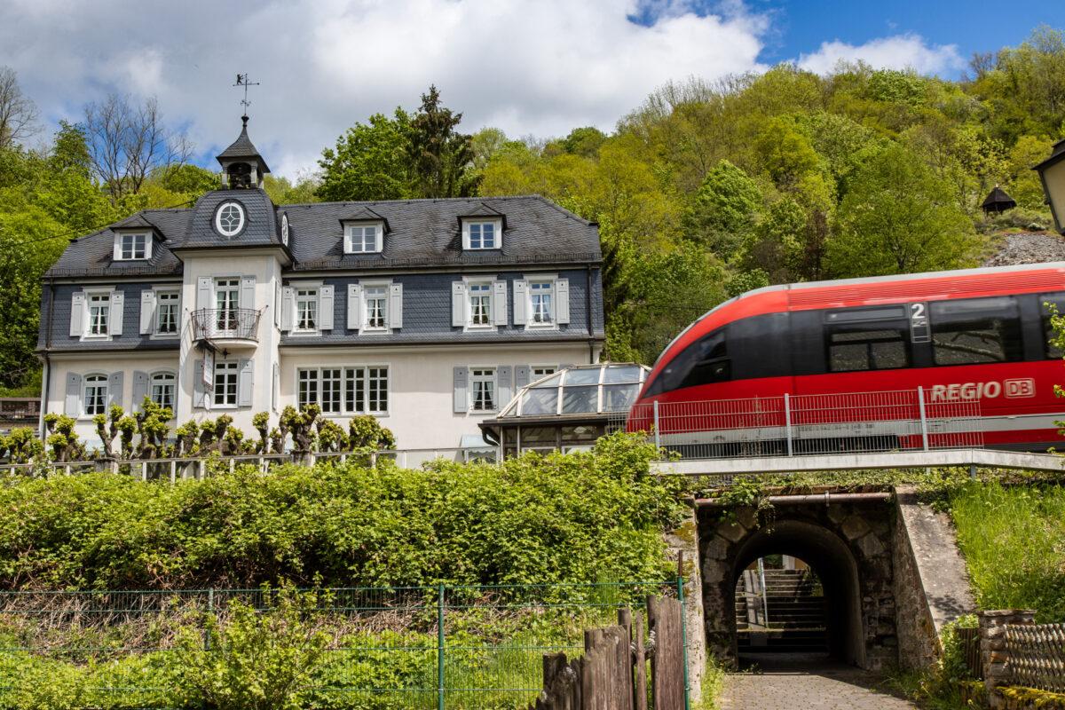 In Balduinstein hätte man auch wieder die Gelegenheit gehabt in die Lahntalbahn einzusteigen. Jede Stunde fahren die Züge nach Koblenz und Limburg.